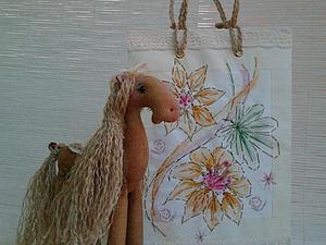 Декорирование бумажной упаковки вышивкой и акварелью | Ярмарка Мастеров - ручная работа, handmade