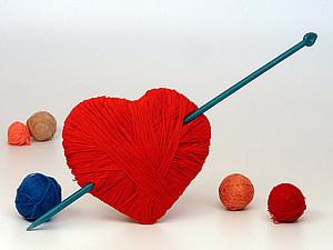 Сердечная тема ( вязаные валентинки) | Ярмарка Мастеров - ручная работа, handmade