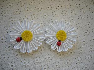 Создаем ромашку из атласных лент. Ярмарка Мастеров - ручная работа, handmade.