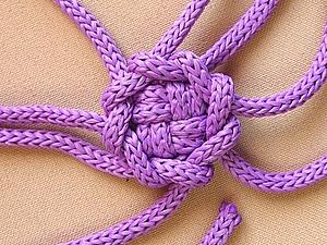 Макраме: плетём затейливую пуговку. Ярмарка Мастеров - ручная работа, handmade.