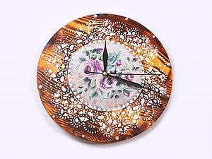 Часы с имитацией кружева и дерева | Ярмарка Мастеров - ручная работа, handmade
