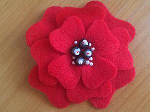 Милая брошка-цветок своими руками. Ярмарка Мастеров - ручная работа, handmade.