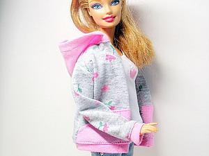 Как сшить толстовку с капюшоном для куклы Барби. Ярмарка Мастеров - ручная работа, handmade.
