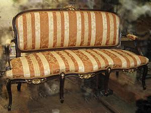 «Не усатый, а полосатый», или Восстанавливаем антикварный диван. Ярмарка Мастеров - ручная работа, handmade.