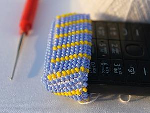 Видео мастер-класс: осваиваем вязание бисером. Урок 2. Как быстро и просто надеть бисер на нить. Ярмарка Мастеров - ручная работа, handmade.