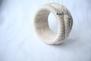 Вязаный браслет «Нежный беж». Ярмарка Мастеров - ручная работа, handmade.