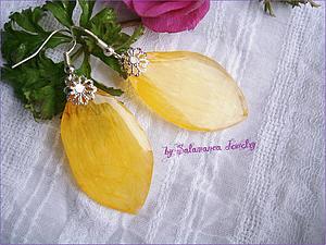 Серьги-листочки из эпоксидной смолы. Ярмарка Мастеров - ручная работа, handmade.