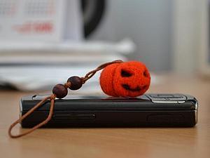 Мастер-класс: тыквочка — брелок на ключи, телефон или сумку. Ярмарка Мастеров - ручная работа, handmade.