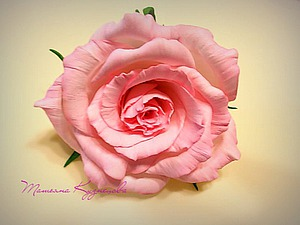 Роза из фоамирана «Нежность». Часть 1: обработка лепестков. Ярмарка Мастеров - ручная работа, handmade.