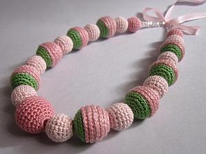 Мастерим ожерелье из вязаных бусин-розочек. Ярмарка Мастеров - ручная работа, handmade.