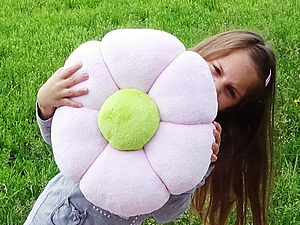 Видео мастер-класс: легкая летняя подушка-цветочек. Ярмарка Мастеров - ручная работа, handmade.