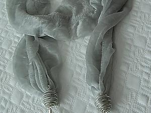 Превращаем простой шарфик в интересный весенний аксессуар. Ярмарка Мастеров - ручная работа, handmade.