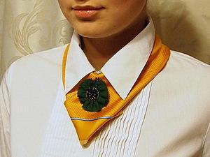 Шёлковый платок – стильный аксессуар в офисном дресс-коде | Ярмарка Мастеров - ручная работа, handmade
