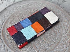 Веселые кошельки из цветных кусочков кожи питона   Ярмарка Мастеров - ручная работа, handmade