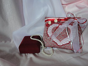 Подушечка для колец «Love is...». Ярмарка Мастеров - ручная работа, handmade.