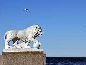 «Львы стерегут город»: прекрасные животные, воплощённые в камне и металле. Ярмарка Мастеров - ручная работа, handmade.