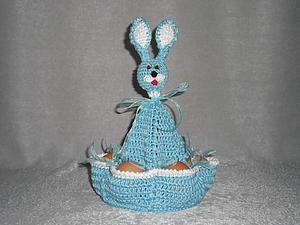 Вяжем пасхального зайчика — забавную подставку для яиц   Ярмарка Мастеров - ручная работа, handmade