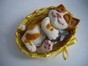 Котёнок в корзинке | Ярмарка Мастеров - ручная работа, handmade