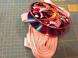 Мастерим катушки для тесьмы из CD-дисков | Ярмарка Мастеров - ручная работа, handmade