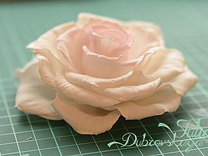 Делаем распустившуюся розу