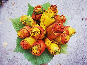 Дары осени. Розы из кленовых листьев. Ярмарка Мастеров - ручная работа, handmade.