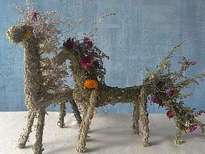 Лошадка из травы и цветов. Оберег | Ярмарка Мастеров - ручная работа, handmade