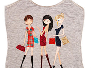 Декорирование футболки термо-наклейками и красками для ткани  «Модные подружки». Ярмарка Мастеров - ручная работа, handmade.