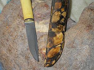 Инкрустация деревом кожаных ножен или