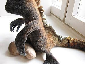 галапагосская игуана на руку | Ярмарка Мастеров - ручная работа, handmade