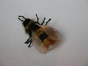 Валяем забавное насекомое: