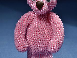 Объемная игрушка «Мишутка» в технике вязания с бисером. Ярмарка Мастеров - ручная работа, handmade.
