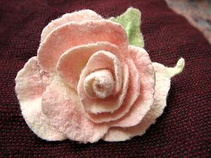 Роза и пион на круглом шаблоне, валяние. Ярмарка Мастеров - ручная работа, handmade.