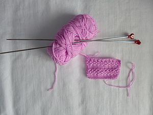 Вязание спицами для начинающих. Вяжем узор «Жемчужные дорожки». Ярмарка Мастеров - ручная работа, handmade.