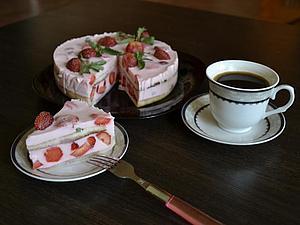 Время клубничного торта пришло | Ярмарка Мастеров - ручная работа, handmade