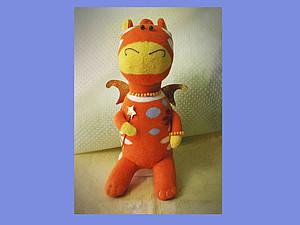 Новогодний Дракончик из пары носков | Ярмарка Мастеров - ручная работа, handmade