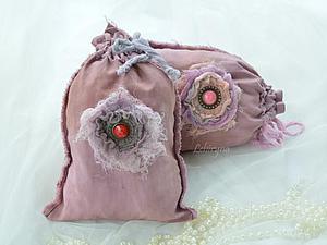 Просто и красиво: шьем винтажные мешочки со съемными цветами. Ярмарка Мастеров - ручная работа, handmade.