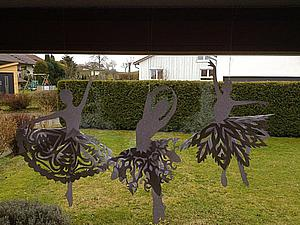 Балет на окне, или Вырезаем интересные снежинки. Ярмарка Мастеров - ручная работа, handmade.