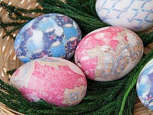 Окрашивание пасхальных яиц с помощью шелковых галстуков. Ярмарка Мастеров - ручная работа, handmade.