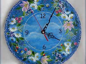 """Часы """"Венок в облаках"""". Ярмарка Мастеров - ручная работа, handmade."""