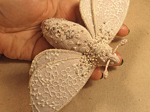 Текстильная брошь- мотылек. Ярмарка Мастеров - ручная работа, handmade.