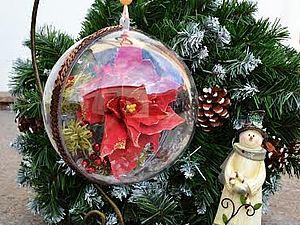 Новогодний шарик с пуансетией | Ярмарка Мастеров - ручная работа, handmade