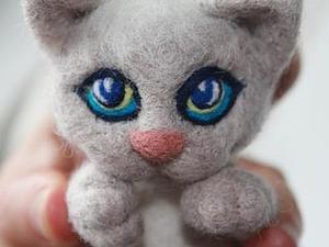 Выразительные глазки котёнка. Ярмарка Мастеров - ручная работа, handmade.