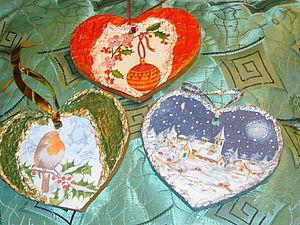 Декор сердечек с новогодними поздравлениями   Ярмарка Мастеров - ручная работа, handmade