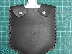 Идея для подарка на 23 февраля — делаем кожаный чехол на малую пехотную лопату. Ярмарка Мастеров - ручная работа, handmade.