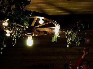 Деревенская люстра из колеса от телеги. Ярмарка Мастеров - ручная работа, handmade.
