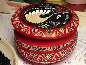 Росписная шкатулка Лебедь в стиле Мезенской росписи | Ярмарка Мастеров - ручная работа, handmade