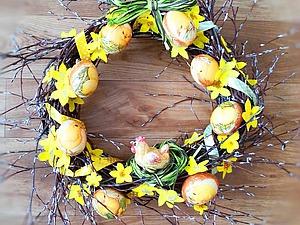 Великолепный венок к светлому празднику Пасхи. Ярмарка Мастеров - ручная работа, handmade.