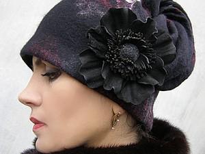"""Валяная шапочка """"Аромат черного мака"""". Ярмарка Мастеров - ручная работа, handmade."""