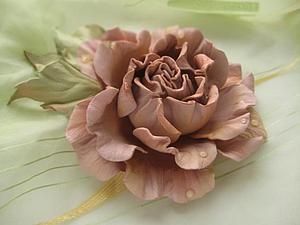 конфетка, роза из кожи