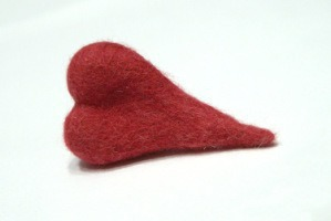 «Дела сердечные»: создаем войлочную брошку-сердце. Ярмарка Мастеров - ручная работа, handmade.